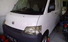 Mobil Daihatsu Gran Max 2010 AC terbaik di Jawa Timur