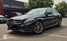 Mobil Mercedes-Benz C-Class 2017 C200 terbaik di DKI Jakarta