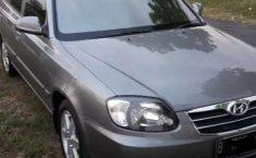 Mobil Hyundai Avega 2009 terbaik di Jawa Timur
