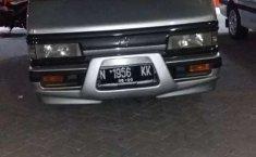 Jual Mazda E2000 2002 harga murah di Jawa Timur