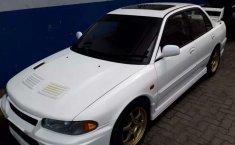 Mobil Mitsubishi Lancer 2000 dijual, Sumatra Utara