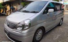 Jual mobil bekas murah Nissan Serena 2010 di Banten