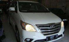 Jawa Timur, Toyota Kijang Innova V Luxury 2015 kondisi terawat