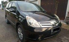 Mobil Nissan Grand Livina 2012 Ultimate terbaik di DIY Yogyakarta
