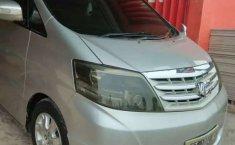 Kalimantan Timur, Toyota Alphard 2005 kondisi terawat