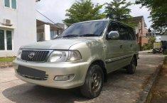 Jual mobil Toyota Kijang LGX 2004 bekas murah di Jawa Tengah