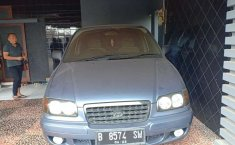 Mobil Hyundai Trajet 2001 dijual, Jawa Tengah