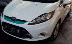 Mobil Ford Fiesta 2011 S dijual, Jawa Timur