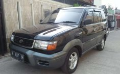 Mobil Toyota Kijang 1997 terbaik di Jawa Barat