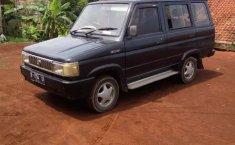 Jawa Barat, Toyota Kijang 1995 kondisi terawat
