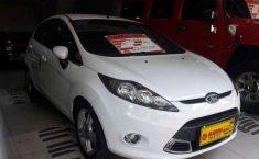 Mobil Ford Fiesta 2011 S terbaik di Jawa Timur
