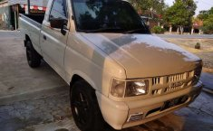 Isuzu Panther 2008 Jawa Tengah dijual dengan harga termurah