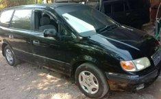 Mobil Hyundai Trajet 2003 dijual, Jawa Timur