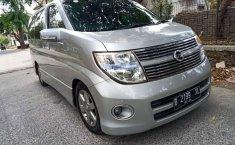 Mobil Nissan Elgrand 2007 Highway Star terbaik di Jawa Barat