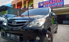 Jual mobil bekas murah Daihatsu Xenia Li 2007 di Riau