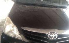 Mobil Toyota Kijang Innova 2011 E 2.0 dijual, Jambi