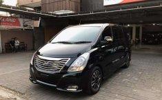 Dijual mobil bekas Hyundai H-1 2.5 CRDi, Jawa Timur