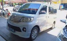 Jual cepat Daihatsu Luxio X 2015 di Jawa Timur