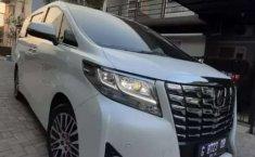 Mobil Toyota Alphard 2017 G terbaik di Jawa Tengah