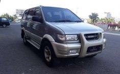 Isuzu Panther 2002 DKI Jakarta dijual dengan harga termurah