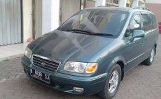 Jual mobil Hyundai Trajet GLS 2001 bekas, Jawa Barat