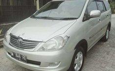 Jual mobil Toyota Kijang Innova 2.0 G 2004 bekas, Riau