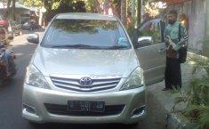 Jual mobil bekas Toyota Kijang Innova 2.5 G 2011 di Jawa Timur