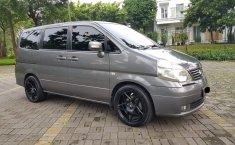 Jual mobil Nissan Serena HWS AT 2012 bekas di Banten