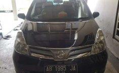 Jual Nissan Livina SV 2013 harga murah di Jawa Tengah