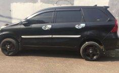 Mobil Daihatsu Xenia 2012 M STD terbaik di Banten