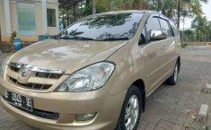 Jual mobil bekas murah Toyota Kijang Innova V 2005 di Banten