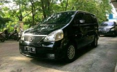 DKI Jakarta, Nissan Serena Highway Star 2011 kondisi terawat
