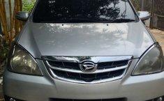 Jual mobil Daihatsu Xenia Xi 2010 bekas, Banten