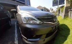 Mobil Nissan Grand Livina 2015 XV terbaik di DIY Yogyakarta