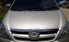 Kalimantan Timur, Toyota Kijang Innova G 2005 kondisi terawat