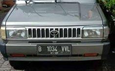 Mobil Toyota Kijang 1996 terbaik di Banten