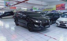 Jual Toyota Venturer 2017 harga murah di Jawa Timur