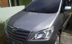 Papua, Toyota Kijang Innova E 2.0 2013 kondisi terawat