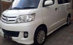 Mobil Daihatsu Luxio 2011 X dijual, Jawa Timur