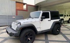Mobil Jeep Wrangler 2012 Rubicon dijual, Jawa Timur