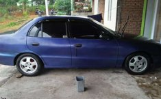 Jual mobil bekas murah Hyundai Cakra 1997 di Sumatra Barat