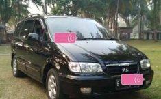 Mobil Hyundai Trajet 2009 terbaik di Banten
