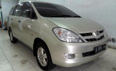Jual mobil Toyota Kijang Innova 2.5 G 2006 murah di Sumatra Utara