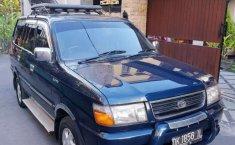 Mobil Toyota Kijang 1998 LGX terbaik di Bali