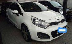 Kia Rio 2014 Jawa Barat dijual dengan harga termurah