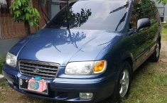 Jual mobil bekas murah Hyundai Trajet 2001 di Jawa Barat