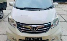 Jual cepat Honda Freed PSD 2013 di Sumatra Barat