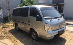 Jual mobil bekas murah Kia Travello 2006 di Jawa Barat