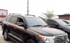 Mobil Toyota Land Cruiser 2013 4.5 V8 Diesel dijual, Riau