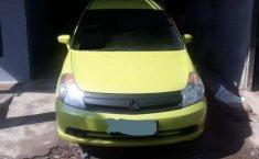 Jual Honda Stream 1.7 2005 harga murah di Sulawesi Selatan